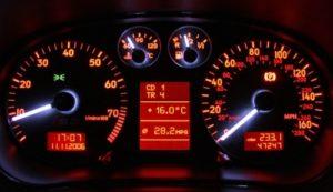 naprawa-licznikow-samochodowych